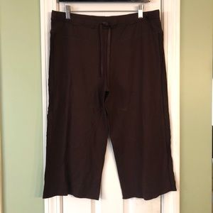 Body by Victoria Brown Cropped Lounge Pants